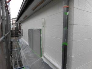 八千代市 H様邸 塗装工事の進捗状況。